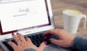 ordinateur portable connecté sur Google