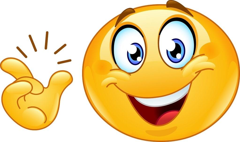 emoji souriant et ayant une idée